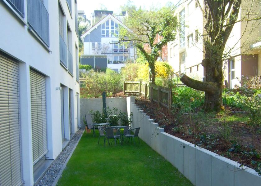 Studentenwohnheim-Außenanlagen