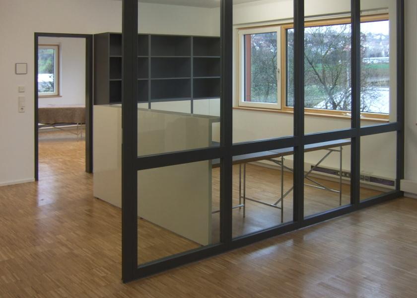 Stahl-Glas-Trennwand