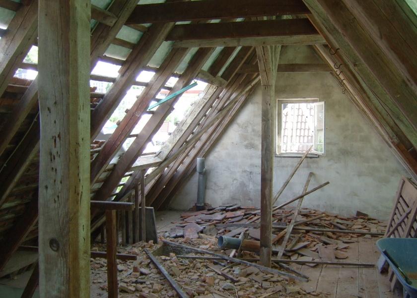 abgedeckter Dachstuhl